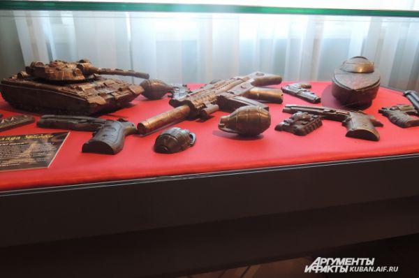 Шоколадное оружие и боевые машины.