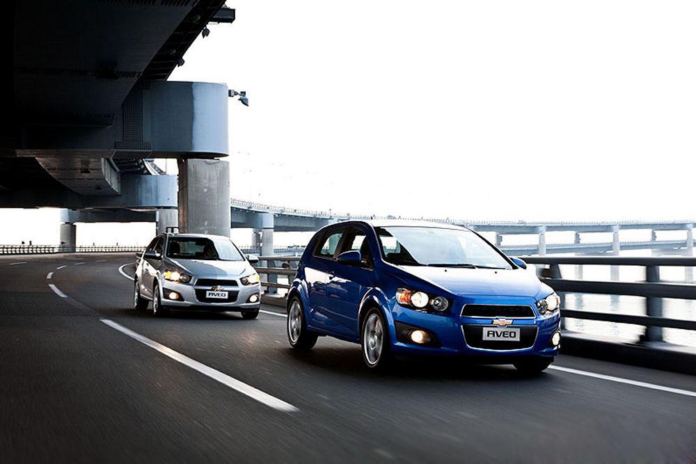 Chevrolet Aveo также попал в список самых «смертоносных» авто(99 смертей на 1 млн зарегистрированных авто). Неудивительно, что малолитражки и маленькие авто доминируют в списке худших, говорят в IIHS: они не могут защитить водителя именно из-за небольших размеров.