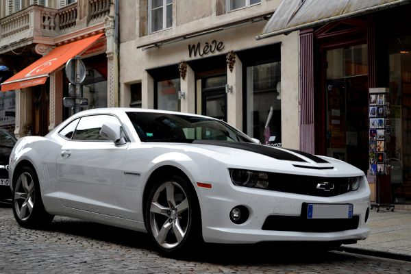 В топ-10 самых опасных автомобилей вошли также спорткар Chevrolet Camaro Coupe.