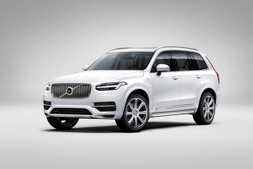 Volvo XC90.  В IIHS говорят, что самыми безопасными в последние годы стали внедорожники, поскольку они больше и переворачиваются уже не так часто, как десять лет назад.