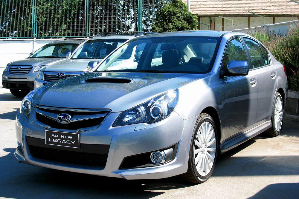 В списке самых безопасных авто также Subaru Legacy.