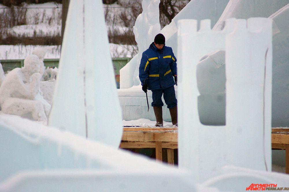 Напомним, ледовый городок «Буква-град» на эспланаде завершил свою работу 22 февраля.