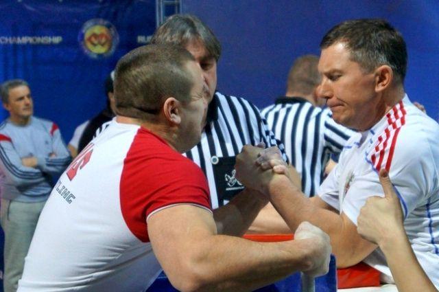 Андрей Малахов (справа) добился наибольшего успеха.