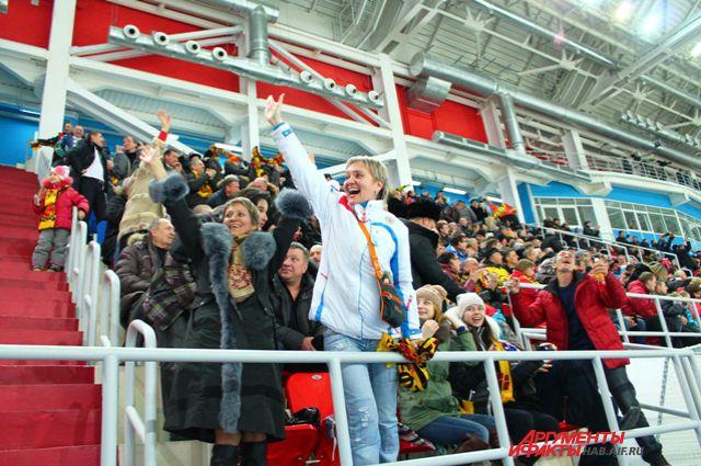 Преданные фанаты «СКА-Нефтяника» ждут серии плэй-офф