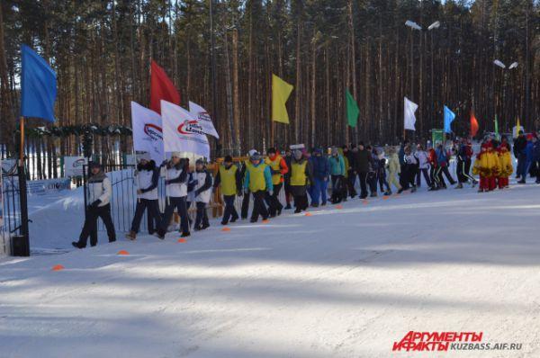 На нынешние соревнования приехали ребята из разных районов Кемеровской области и из некоторых регионов Сибири: Бурятии, Новосибирской области.