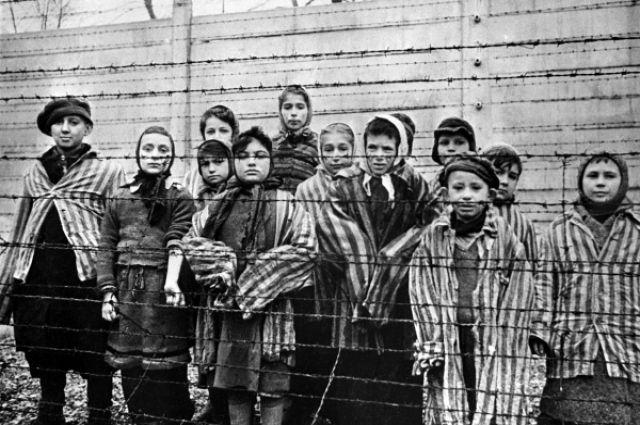 Недетские страдания: воспоминания бывших узников о. - ТАСС