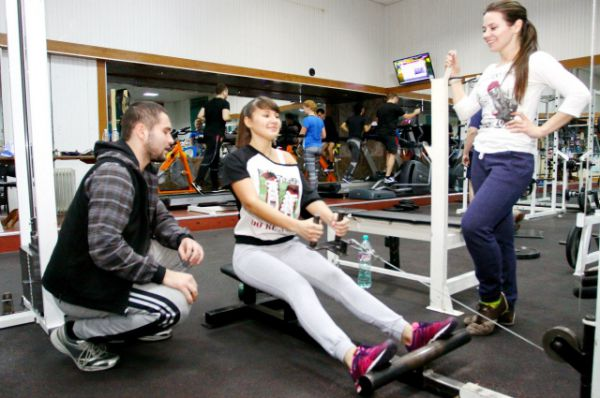 «АиФ-Ростов» побывал в одном из фитнес-клубов донской столицы и выяснил, кто там занимается.