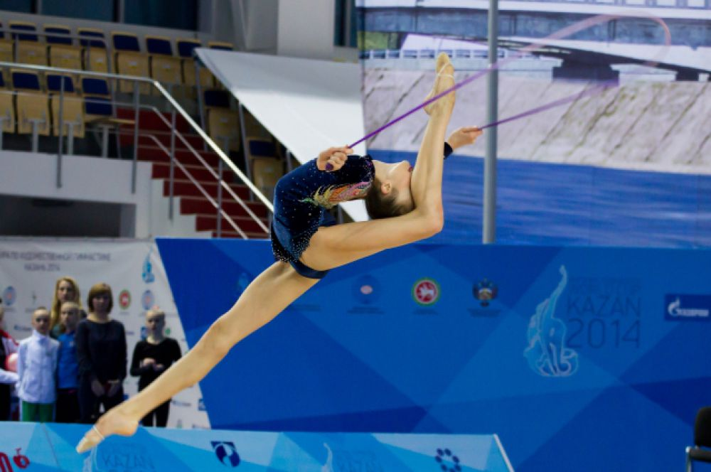 В России самыми популярными гимнастками остаются Алина Кабаева, Лейсан Утяшева, Ирина Чащина.