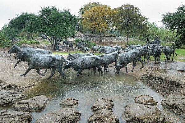 Скульптура «Перегон скота», Даллас, США.
