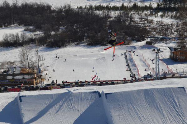 Трасса по слоуп-стайлув Миассе абсолютно идентична той, что была на Олимпиаде в Сочи.