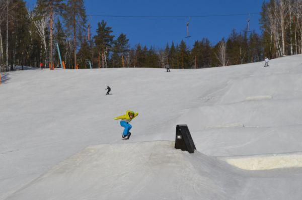 Рядовые южноуральцы катались на горнолыжке не хуже участников турнира.
