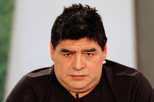 Марадона.