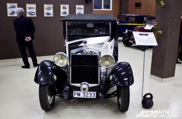 Fiat 509 1927 г.в. Выпускался в Италии, 1925 - 1929 гг. Масса 785 кг. Максимальная скорость 78 км/ч. Мощность 22 л.с.