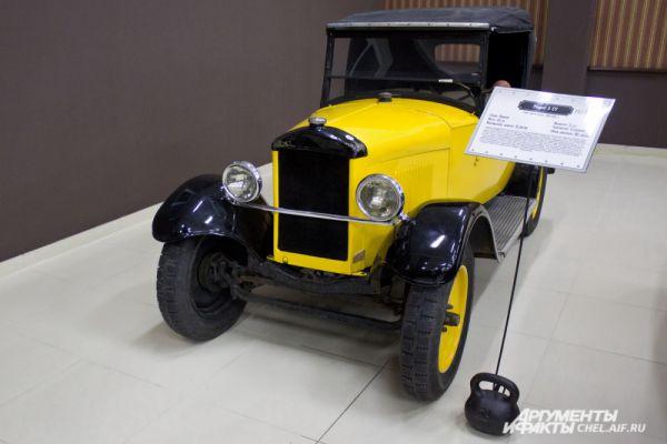 Peugeout 5 CV 1925 г.в. Выпускался во Франции, 1924 - 1925 гг. Масса 870 кг. Максимальная скорость 59 км/ч. Мощность 11 л.с.