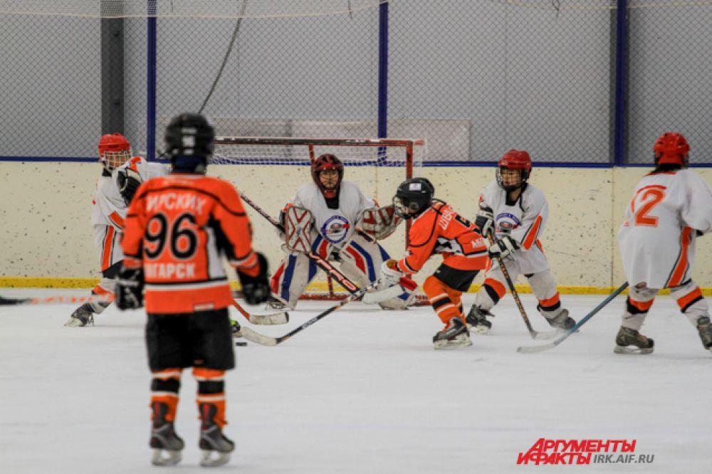 Это первый международный турнир по хоккею с шайбой в Иркутске.