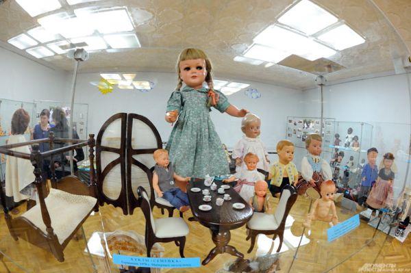 Немецкие куклы «Семейка», 1978 г.