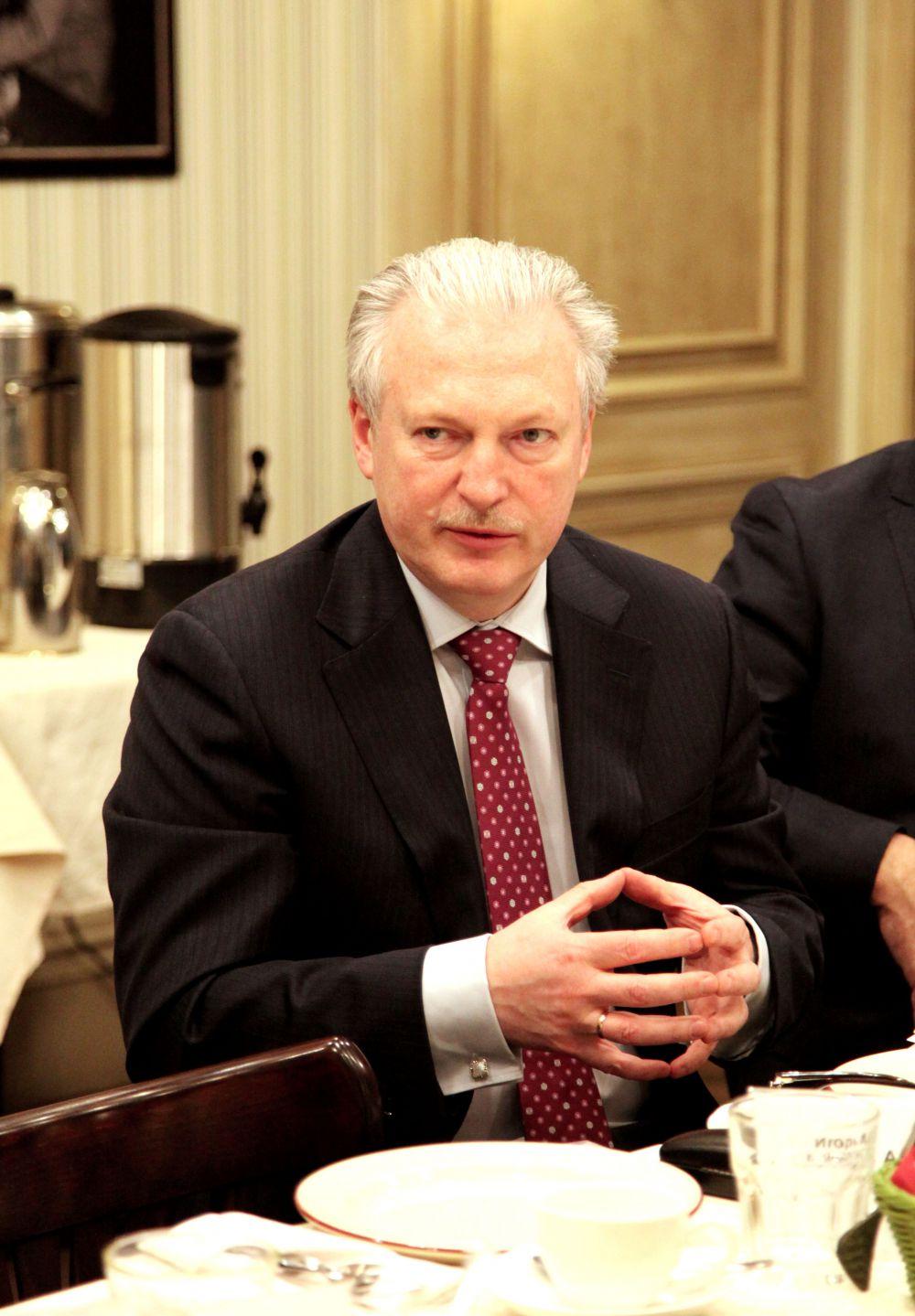 Игорь Анатольевич Максимцев, Ректор (СПбГУЭФ), д.э.н., профессор