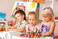 40% детей в России бедные.