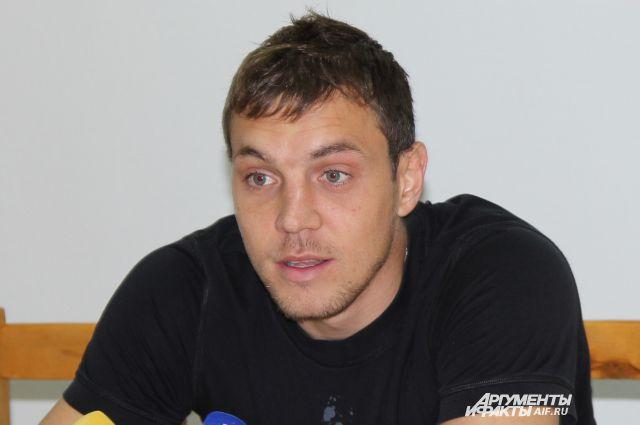 Артём Дзюба дал пресс-конференцию в Ростове.