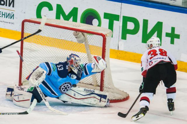 Новосибирская «Сибирь» повела в серии игр с «Трактором»