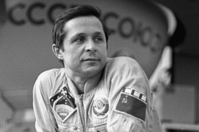 Путин поздравил космонавта Савиных с 75-летим юбилеем