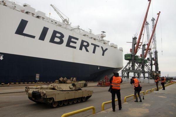 Предполагается, что военные останутся в странах Балтии до середины июня, однако могут оставить там часть военного оборудования.