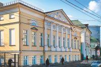 Так после обновления выглядит выглядит дом Куракина (арх. М.Ф. Казаков) на Новой Басманной улице.