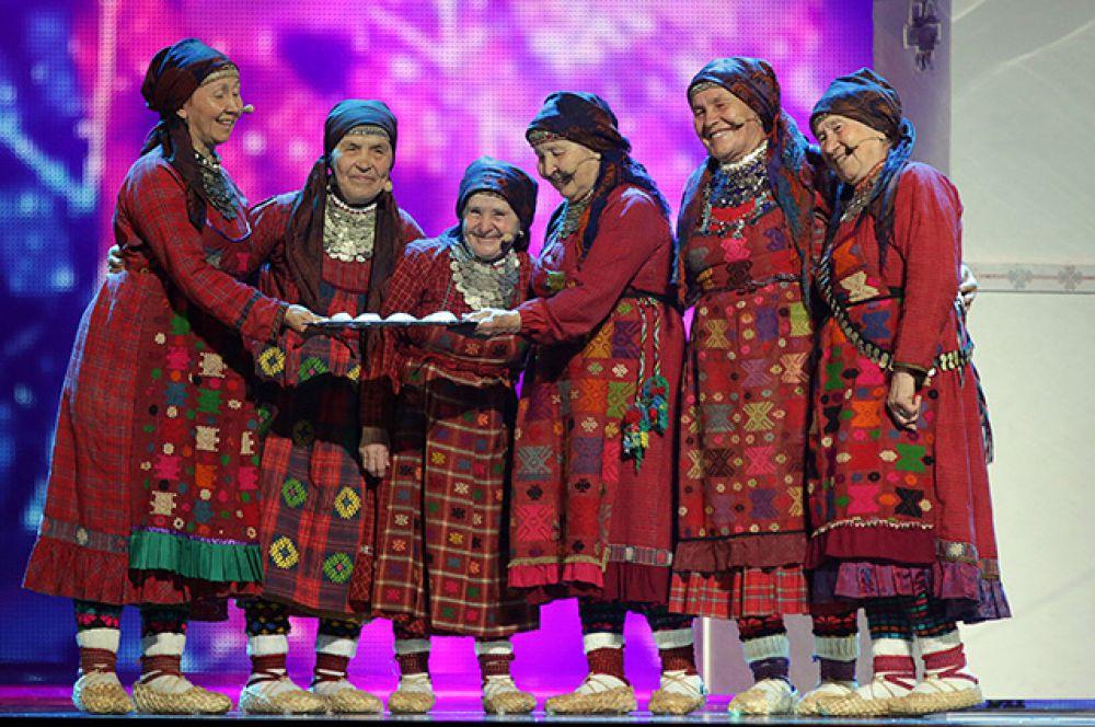 В 2012 году на «Евровидение»  отправился коллектив «Бурановские бабушки». Поющие бабушки в национальных костюмах еще до начала конкурса считались фаворитами. Они произвели на зрителей огромное впечатление и с песней «Party for Everybody» стали вторыми.