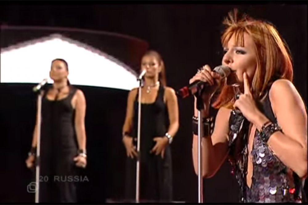 Еще одна участница «Фабрики звезд», певица Наталья Подольская, представляла Россию на «Евровидении» в 2005 году. С песней «Nobody Hurt No One» («Никто не причинит друг другу боль») она стала 15-й.