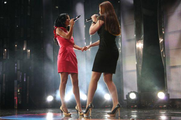 В «Евровидении» 2003 года участвовала популярная как в России, так и за рубежом группа «t.A.T.u.». На конкурсе в Латвии группа исполнила песню «Не верь, не бойся, не проси» и заняла 3 место.