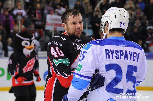 Денис Куляш и Дамир Рыспаев.