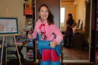 Сегодня 14-летняя художница Катя Жирнова известна в Нижнем Новгороде, а когда-то ей пришлось заново учится двигаться