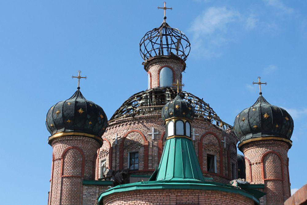 8 марта. Храм святителя Игнатия Брянчанинова, пострадавший в результате боевых действий в аэропорту Донецка.