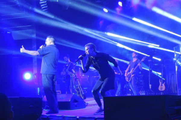 Группа ДДТ исполнила песни из нового альбома, а также сыграла старые.
