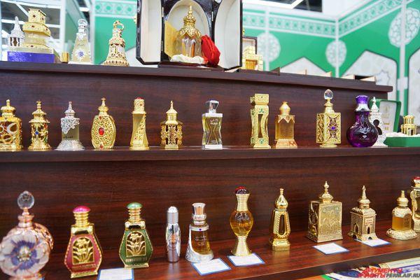 В павильоне расположена выставка, посвященная исламской истории и культуре