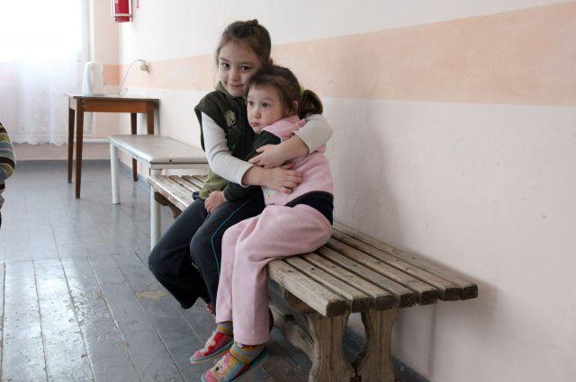 Беженцы с Украины в одном из пунктов временного размещения в Ростовской области.