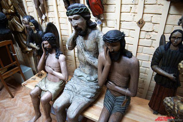 Пермская государственная художественная галерея – культурный центр города. В состав коллекции входит порядка 50 тысяч произведений изобразительного искусства. Наиболее известна экспозиция на третьем этаже здания – деревянная скульптура, также называемая «Пермские боги».  Адрес - Комсомольский проспект, 4.
