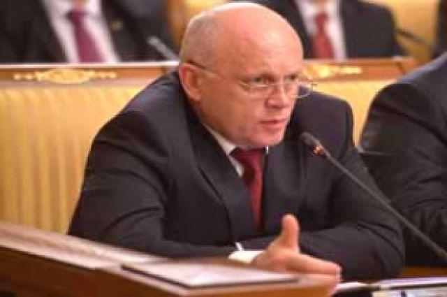 Виктор Назаров пообещал вызвать главу района для разговора.