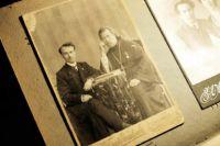 Отец Александр Тетюев (справа).