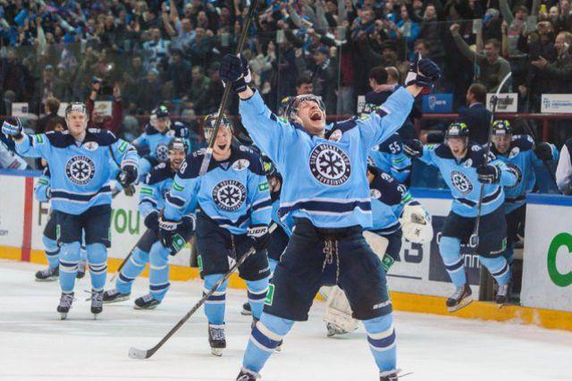 Новосибирская «Сибирь» вышла в финал восточной конференции чемпионата КХЛ