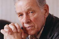 Георгий Жжёнов.
