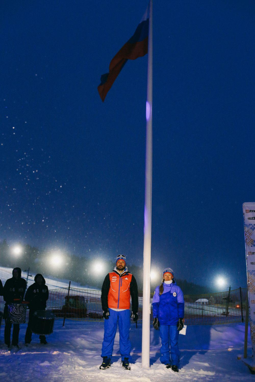 Победительница XXVII зимней Универсиады Светлана Николаева и чемпион мира, бронзовый призёр Олимпийских игр-2010 в Ванкувере Алексей Петухов.