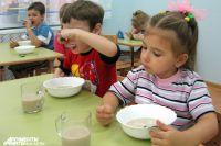 Обеды в детсадах стали не такие вкусные.