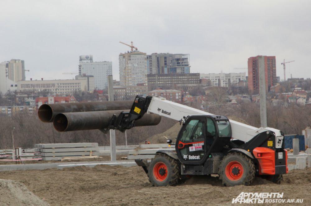 Задействовано 120 единиц техники, в том числе 27 копров.