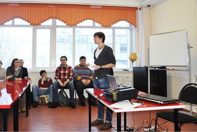 Александр Ильин открывает мастер-класс.