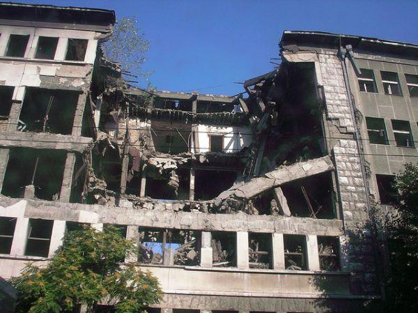 Операция под названием «Союзная сила» длилась с 24 марта по 10 июня 1999 года. Последний день операции считается последним днем Косовской войны. 500 000 человек (в основном албанцев) остались без крова.