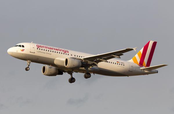Germanwings — немецкая бюджетная авиакомпания, являющаяся дочерней компании Lusfhansa. Ее база находится в аэропорту Кельн-Бонн. Авиапарк Germanwings состоит из 58 самолетов, 16 из которых - Airbus A320.