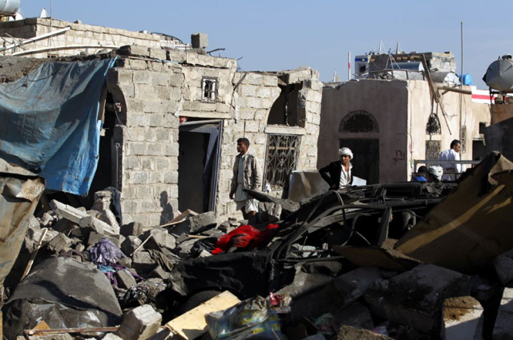 Представитель хуситского движения «Ансар Аллах» ранее заявлял, что хуситы собираются ответить на международную военную операцию в Йемене.