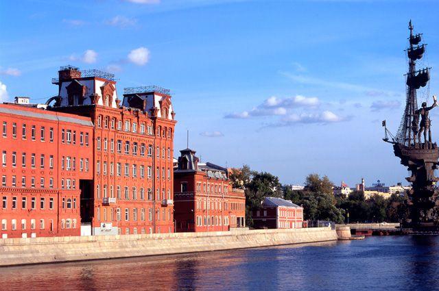Здание фабрики «Красный Октябрь».