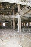 После войны здание намеренно оставили разрушенным.